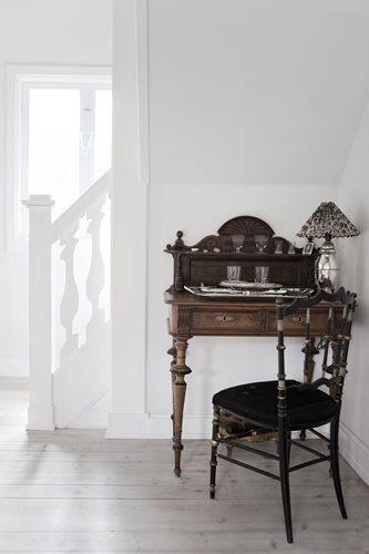 Déco scandinave : le charme du blanc et des meubles anciens
