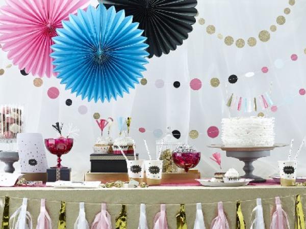 Décoration de fête : 3 idées déco pour réussir son candy bar !