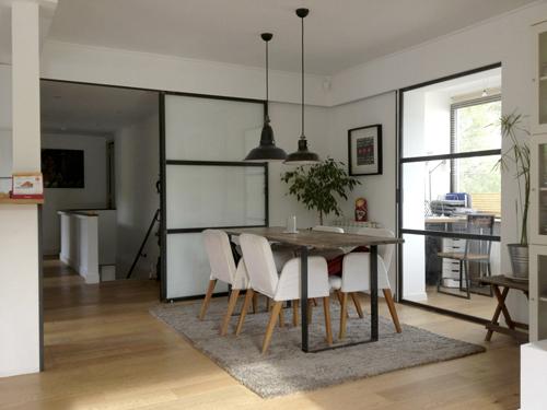 visite d co une jolie petite maison r nov e dans le sud. Black Bedroom Furniture Sets. Home Design Ideas