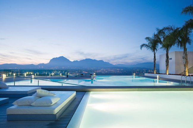 Voyages | Les 5 plus jolies piscines avec vue d'Europe - Sha Wellness Clinic, Alicante
