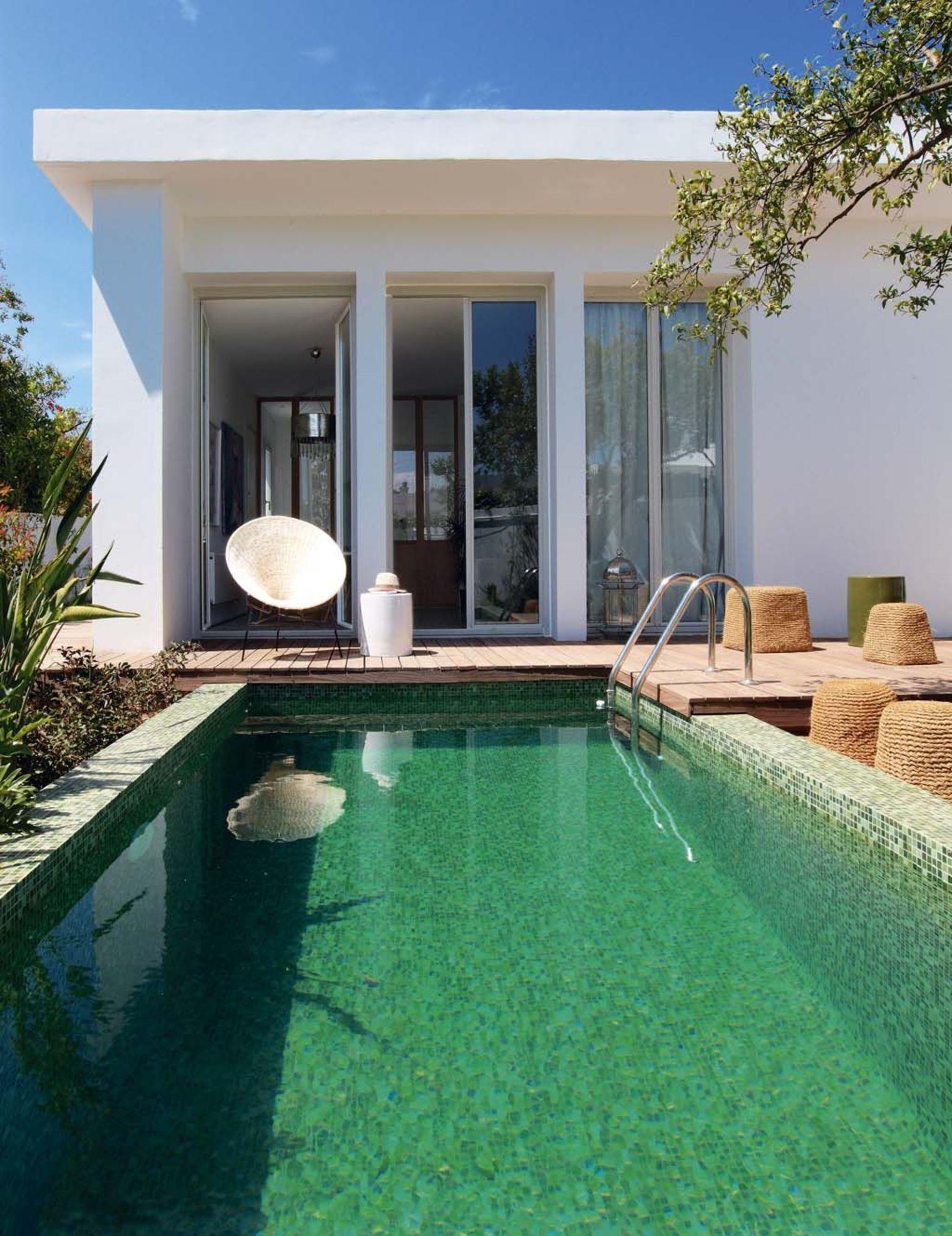 visite d co r novation place aux carreaux de ciment decocrush. Black Bedroom Furniture Sets. Home Design Ideas