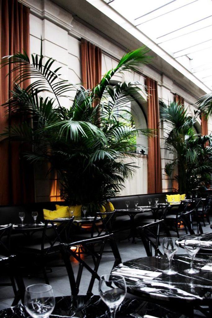 Travel : Café Artcurial, Paris | @decocrush - www.decocrush.fr