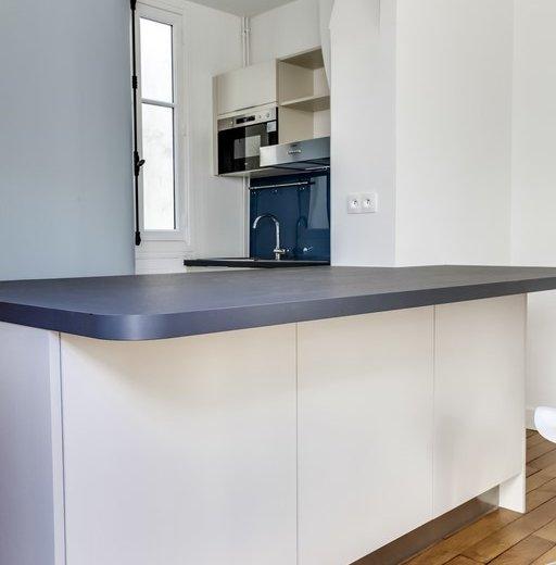 refaire sa cuisine moindre cot salle de bain by lyne cote. Black Bedroom Furniture Sets. Home Design Ideas
