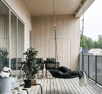 Une maison d'architecte bardée de bois clair