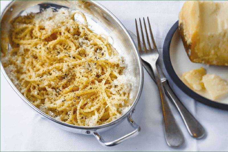 Epoca, le bistro italien belle-époque du chef Denny Imbroisi sur @decocrush - www.decocrush.fr