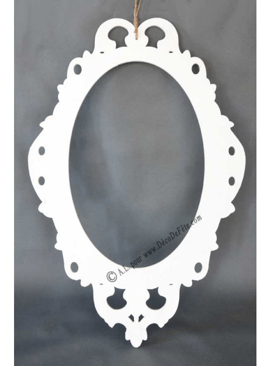 1 cadre photobooth baroque blanc ovale