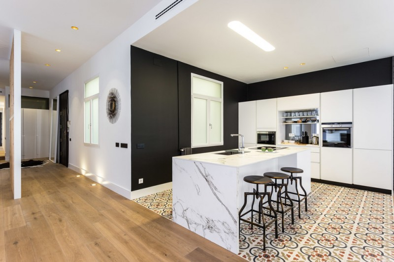 Maximizing The Beauty Of Your Home Using These Black - Black And White Kitchen Floor Tiles