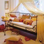 cama con dosel, una idea de decoracion para casa exotica
