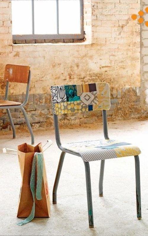 Viejas sillas de colegio para decorar 2
