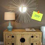 Manualidades para decorar: cómo hacer un espejo de sol vintage