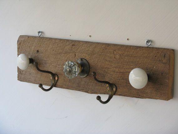 Ideas para hacer un colgador de collares de pared decorando 6