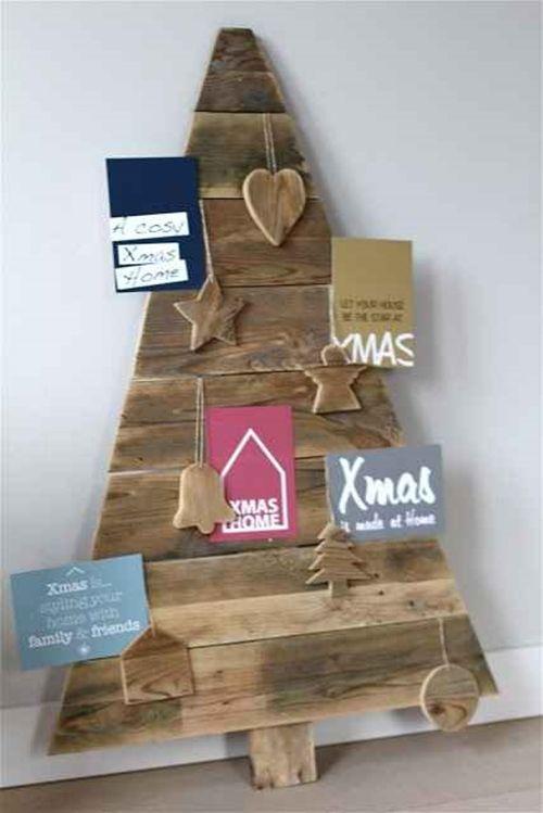 Manualidades para Navidad árboles de Navidad originales con palets 4