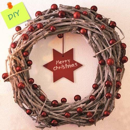 manualidades-para-decorar-corona-de-Navidad-con-ramas-secas-8