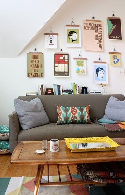 Nuevas formas de colgar láminas para enmarcar ¡arte en perchas de madera! 6