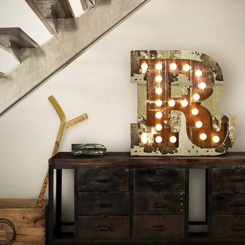 Decoraci n vintage con r tulos luminosos para la casa - Letras luminosas decoracion ...