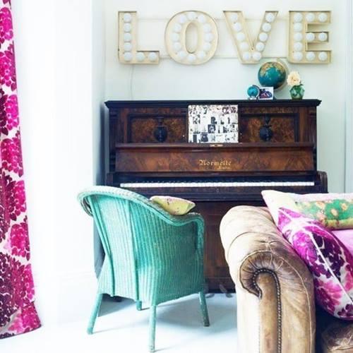 Decoración vintage con rótulos luminosos para la casa 11