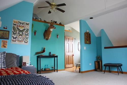Una casa con decoración retro llena de detalles sorprendentes 5
