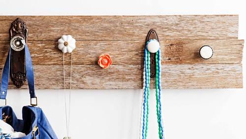 Colgador de collares, uno de esos muebles con palets fáciles para decorar tu casa