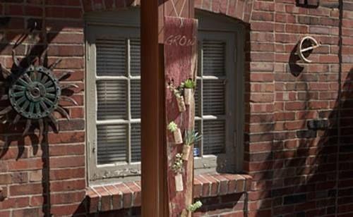Manualidades para decorar la casa idea con plantas crasas reciclando tapones de corcho 11