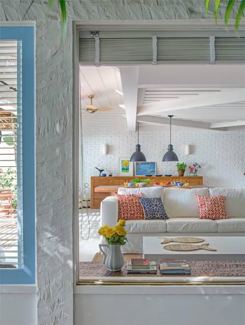 Casas con encanto r stico renovado junto al mar en brasil - Interiores con encanto ...