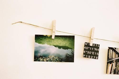 Decorar con fotos sujetas por pinzas (easy & trendy) 4