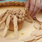 Ideas de decoración oriental flor de madera DIY para chill out 9