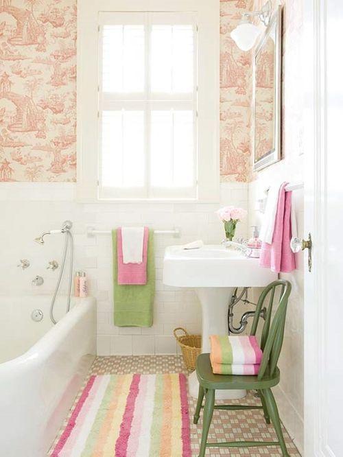 Decoraci n de cuartos de ba o peque os con ideas vintage - Cuartos pequenos con bano ...