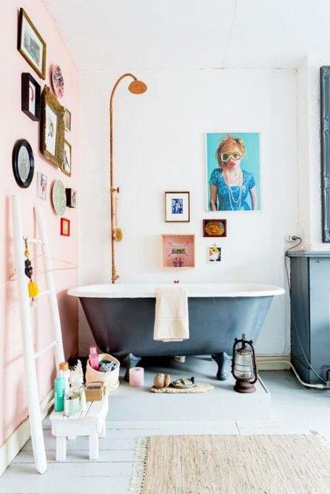 Baños vintage con antiguas bañeras exentas 2