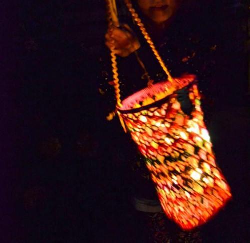 Labores de ganchillo preciosa lampara de crochet 1