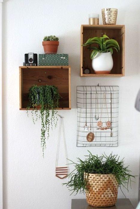 15 ideas para decorar cajas de madera y tunearlas en estanterías 12