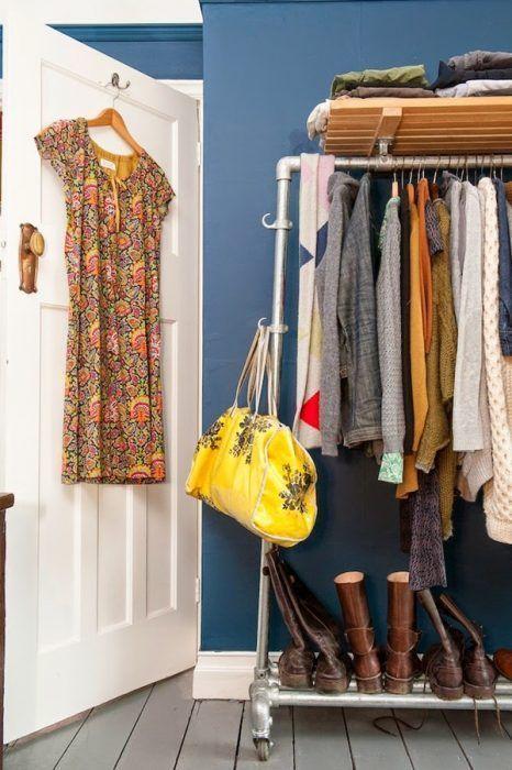 Burros para ropa los percheros a la vista 39 rompen 39 en - Ropa para casa ...