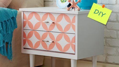 Pintar muebles con plantillas para personalizar mesillas y cómodas 1