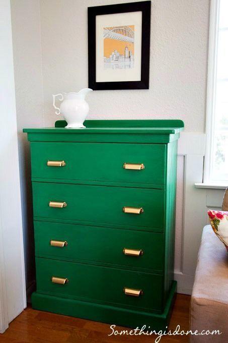 20 ideas para pintar muebles de madera antiguos a todo color 4