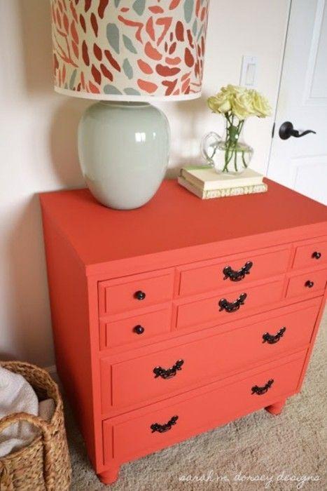 20 ideas para pintar muebles de madera antiguos a todo color 6