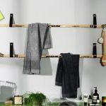 Reciclaje creativo: colgadores de ropa con palos de hockey