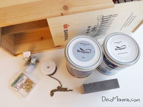 Reciclar cajas de madera de vino para organizar collares y pendientes 1