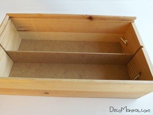 Reciclar cajas de madera de vino para organizar collares y pendientes 3