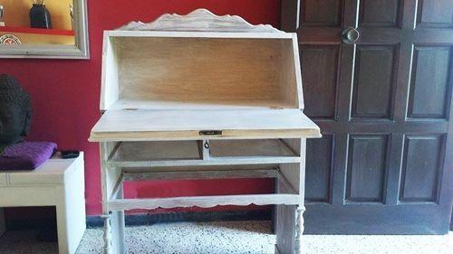 Pintar muebles y darles nueva vida mira esta idea con blanco y stencil 4