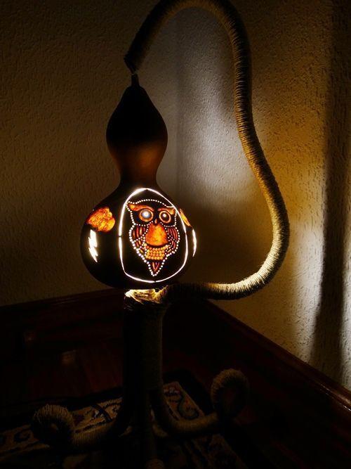 Artesanía con calabazas lámparas originales llenas de misterio 6