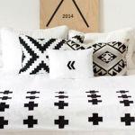 Estampados con impacto tendencia cruz suiza en blanco y negro 3