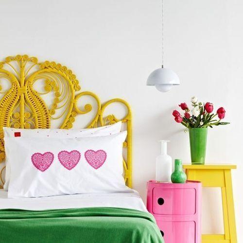 decoracion-de-habitaciones-con-cabeceros-y-sillas-peacock-3