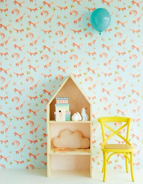 Color, papel pintado infantil y madera natural: las mejores ideas para decorar habitaciones infantiles originales.