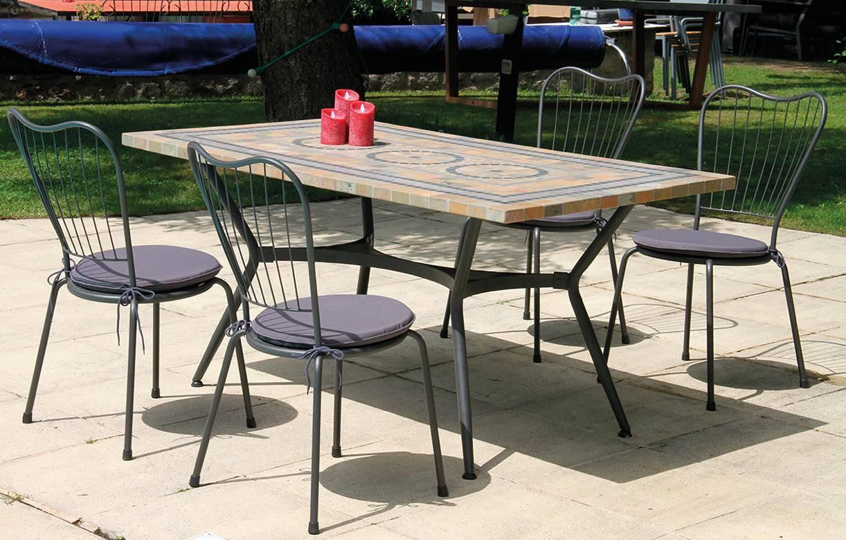 table de jardin mosaique en pierre 4