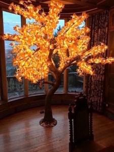LED Maple Leaf Tree Hire