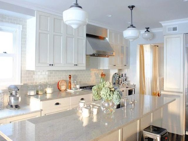 Colonial White Granite White Cabinets Backsplash Ideas on Backsplash Ideas For White Cabinets And Granite Countertops  id=26340