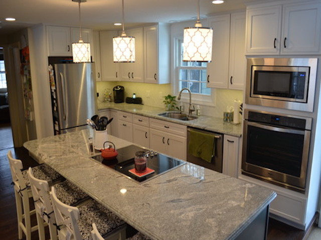 Viscount White Granite White Cabinets Backsplash Ideas on Backsplash Ideas For White Cabinets And Granite Countertops  id=64266