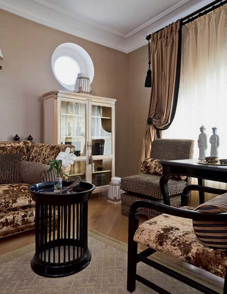 Traditional Home Decor Style for Large Apartment ... on Apartment Decorating Styles  id=23436