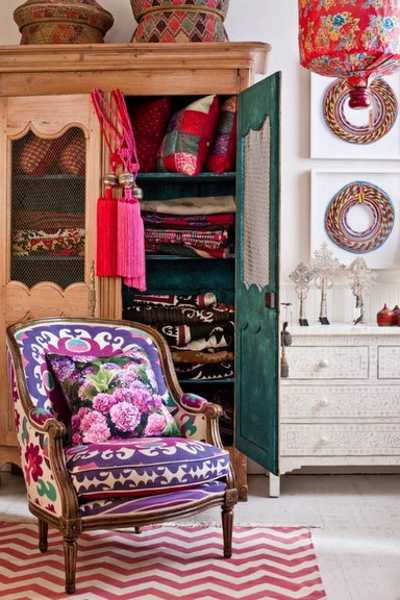 Learn how to design and decorate a bedroom with style, and where to spend—and not to spend—your money on decor. Boho Chic Home Decor, 25 Bohemian Interior Decorating Ideas
