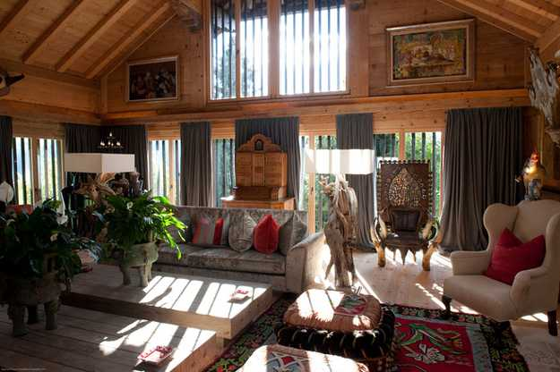 Old Alpine Chalet In French Style Shows Art Deco Decorating Ideas Antique Chic