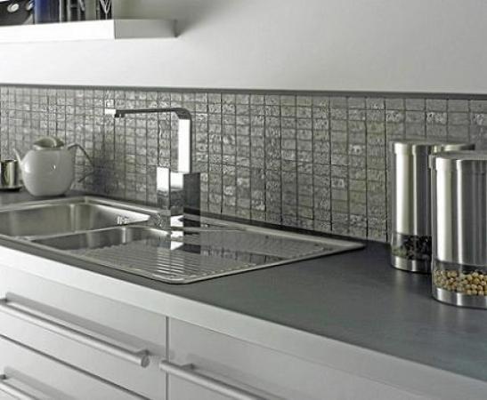 Azulejos para cocina archives revista decoraci n - Empapelar azulejos cocina ...